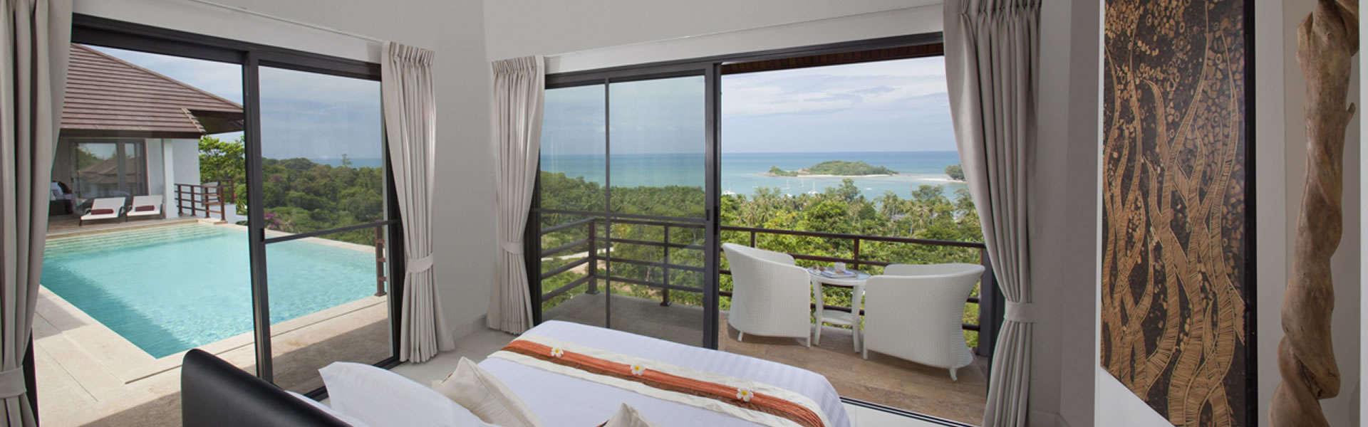Samui villa with balcony and pool