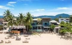 Superb villa on a tropical beach