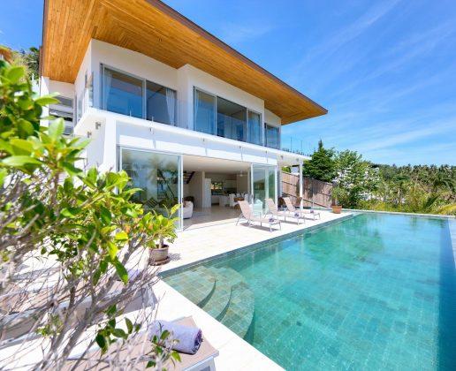 Belle villa vue mer dans le quartier de Bangpor.
