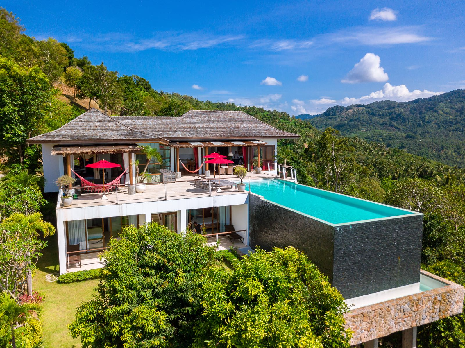 stunning sea view villa in the hills