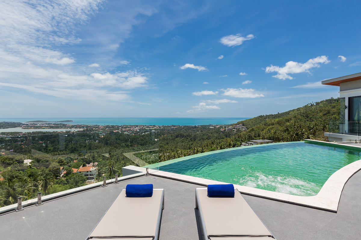 3-bedroom luxury sea view villa