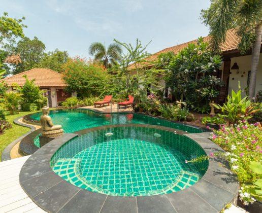 Beautiful garden villa with pool