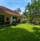 4 bedroom, 5 bathroom garden villa with private pool