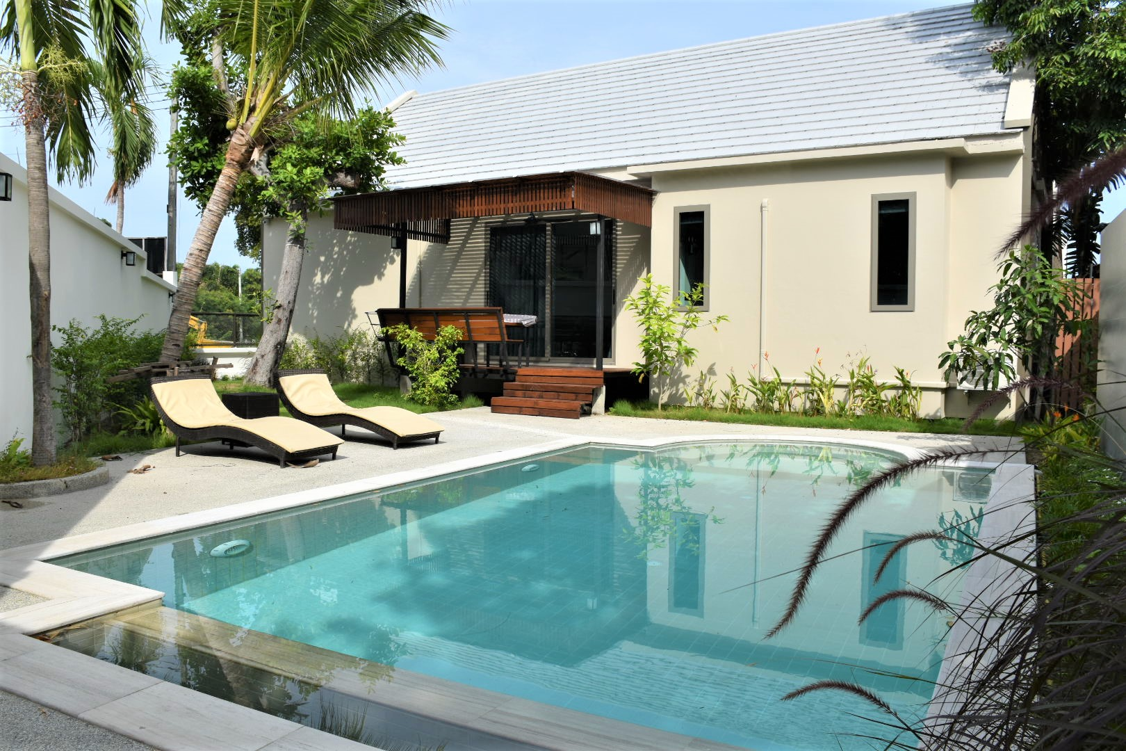 nice 2-bedroom villa with private pool