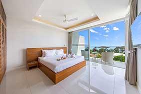别墅卧室内部;泰国苏梅岛。