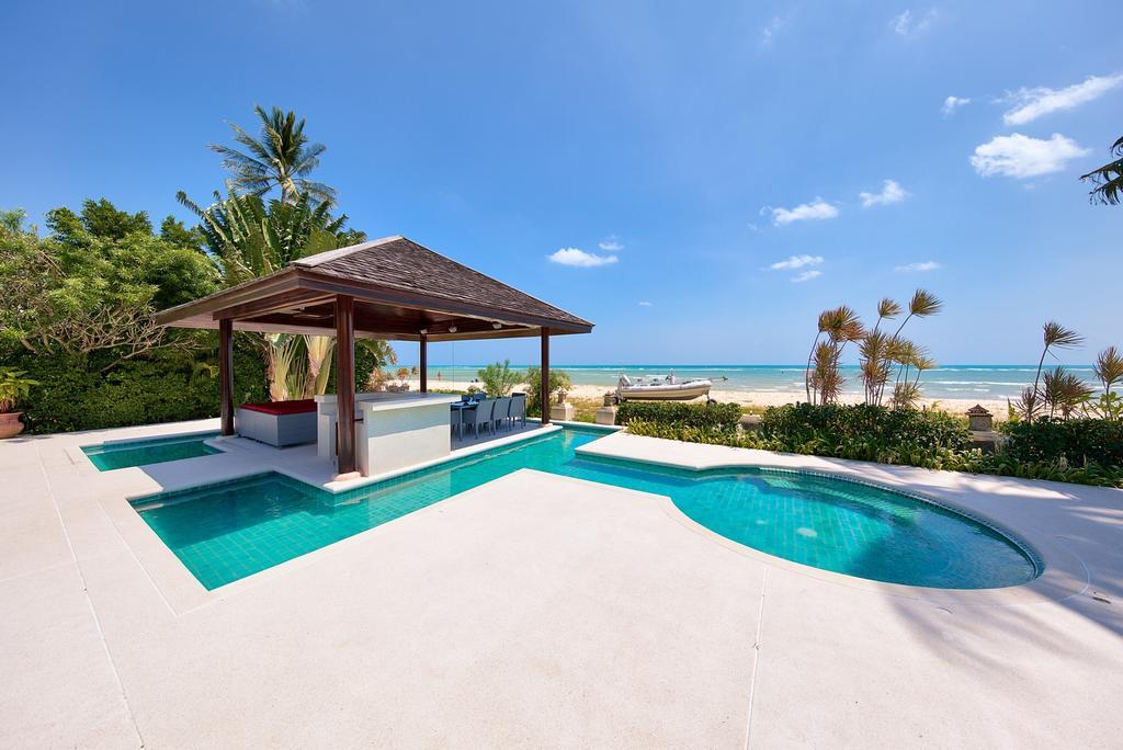 beachfront villa in hua thanon