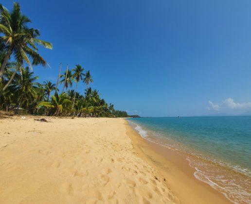 Stunning beach Land, Koh Samui