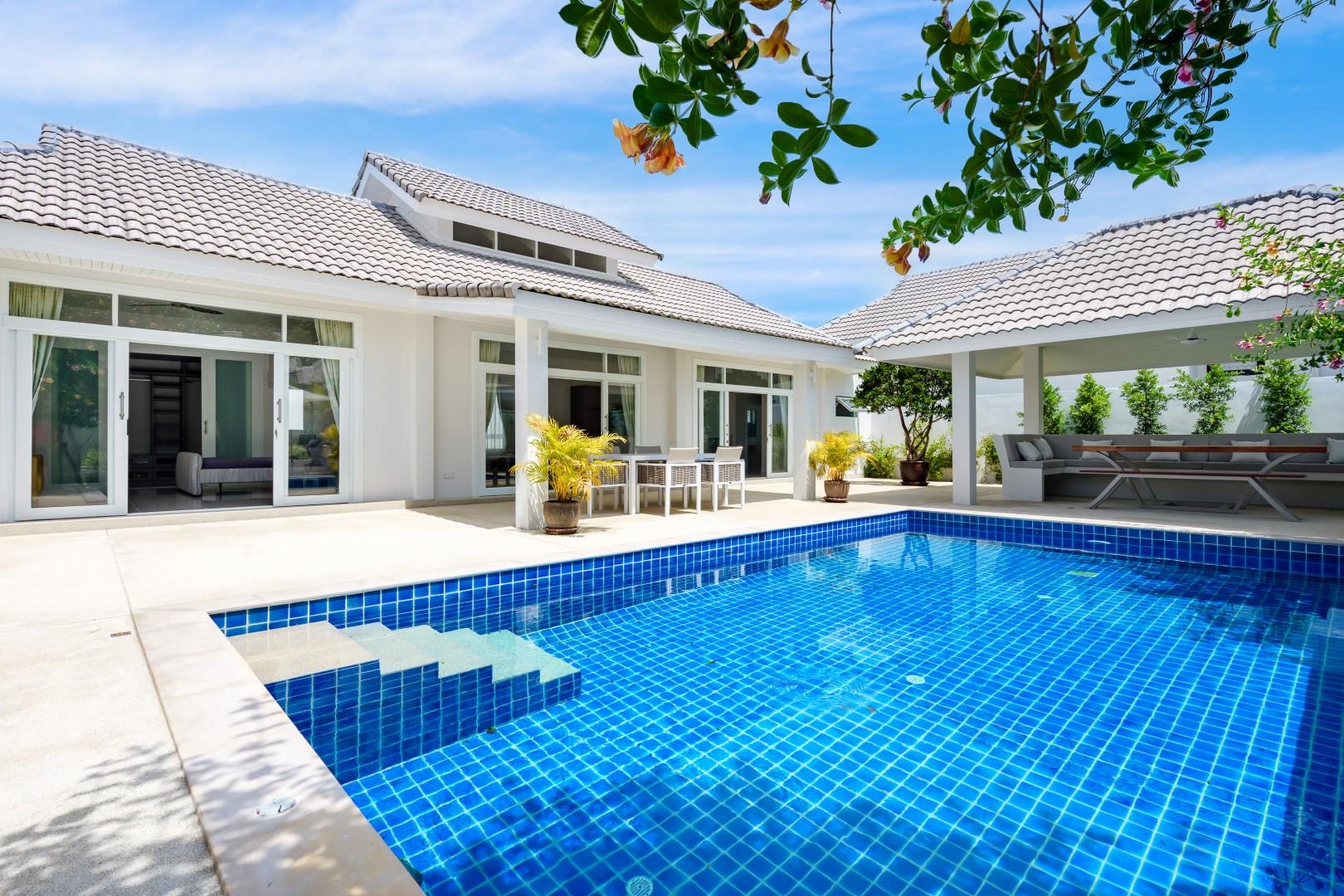 Bophut 3 bedroom villa pool